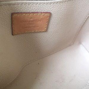Louis Vuitton Bags - Louis Vuitton make up bag